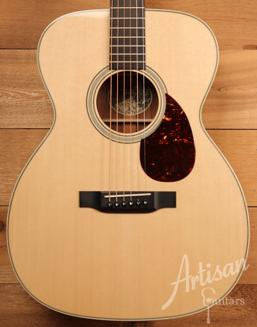 Collings Custom OM2 SR Sitka Spruce and Sacha Rosewood Pre-Owned 2014 ID-11466