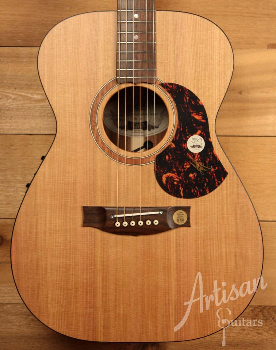 Maton SRS808 Guitar Western Red Cedar and Solid Blackwood ID-11468