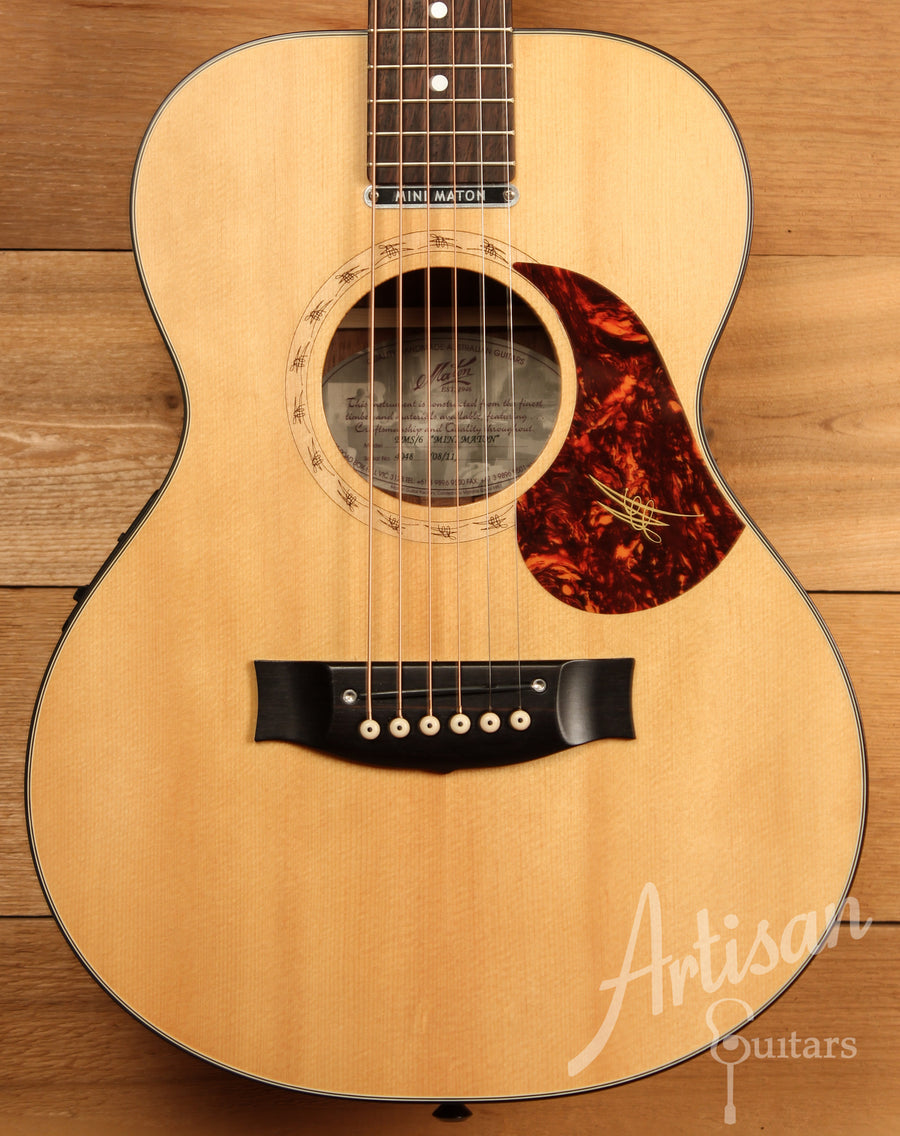 Maton EMS6 Mini Guitar Sitka Spuce and Blackwood with AP5 Pre-Owned 2011 ID-11473 - Artisan Guitars