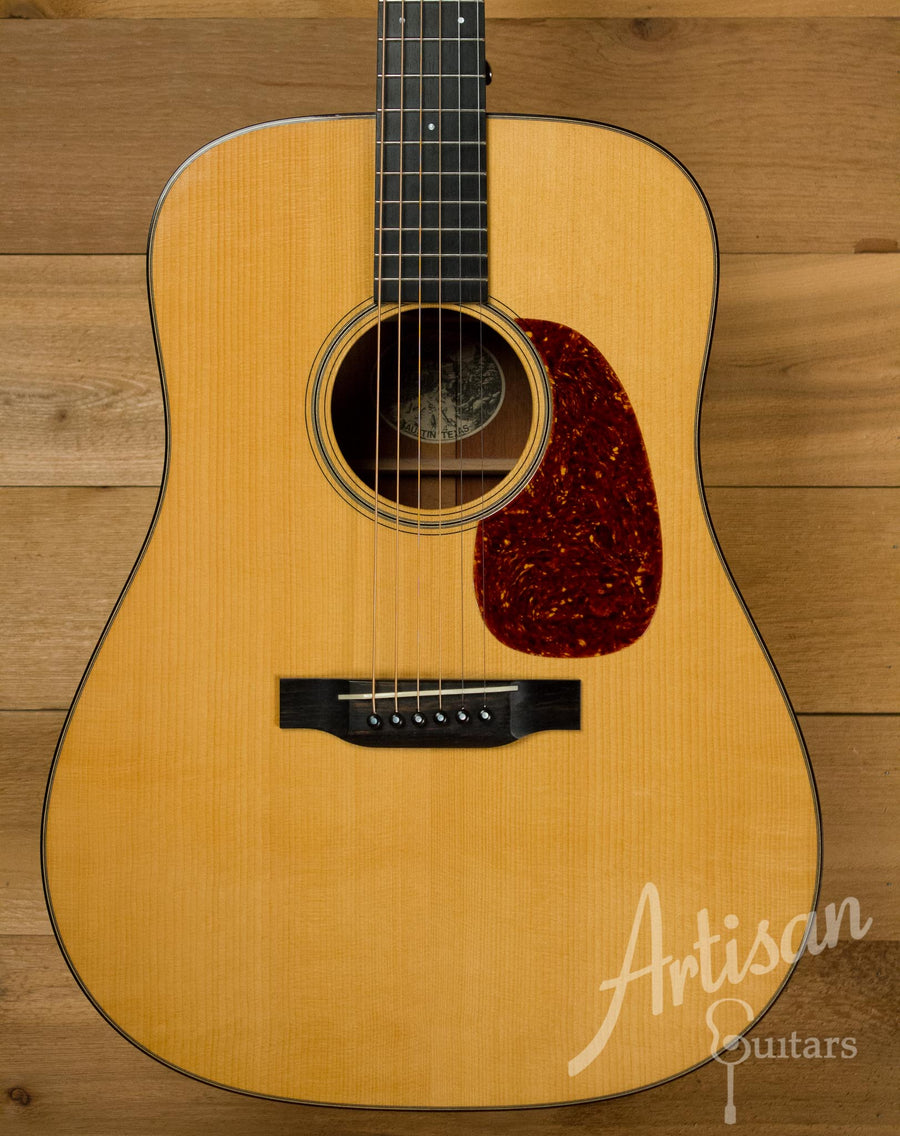 Pre-Owned 1999 Collings D1A Adirondack and Mahogany with Cutthrough Saddle  ID-10185
