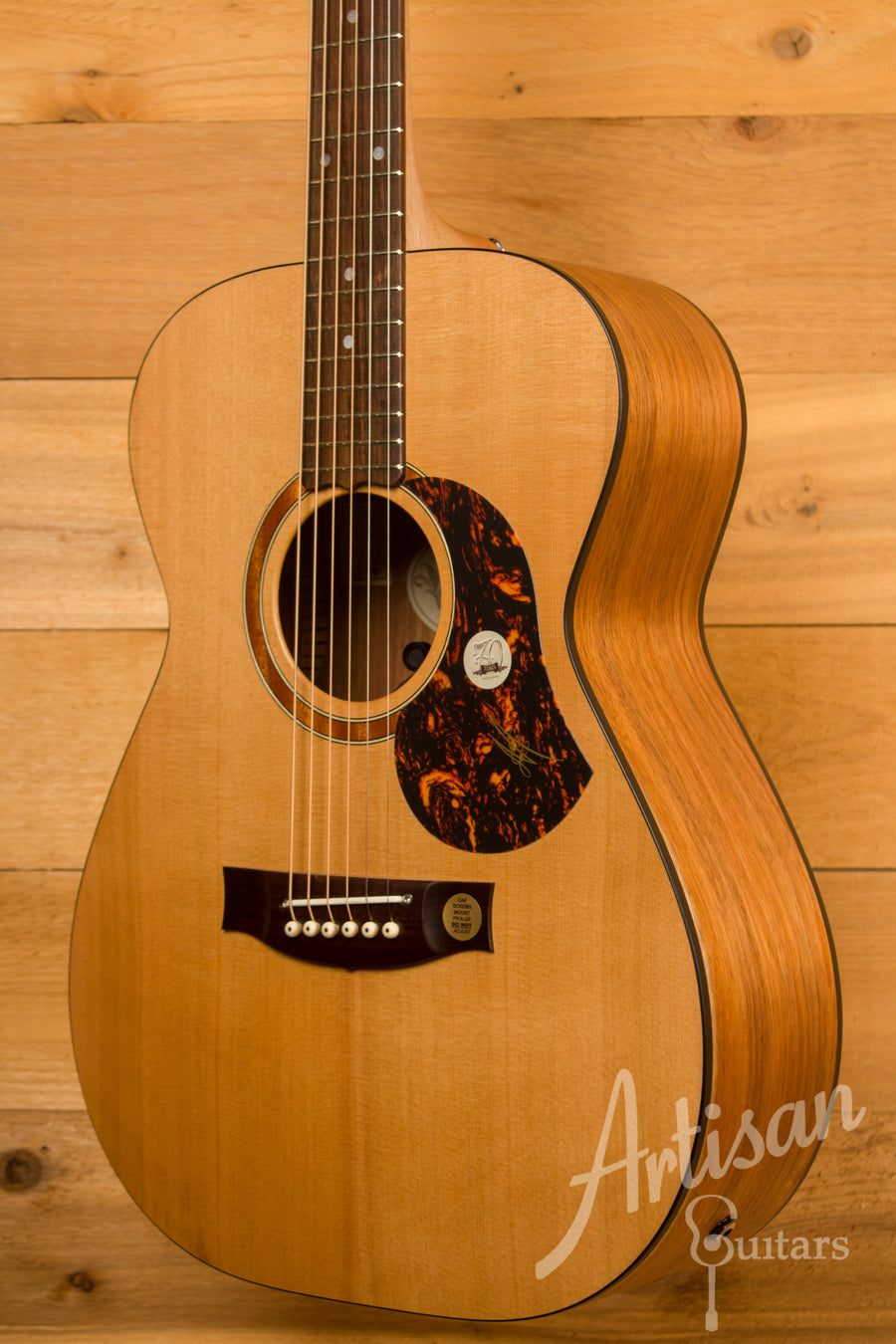 Maton SRS808 Guitar Western Red Cedar and Solid Blackwood ID-11495 - Artisan Guitars