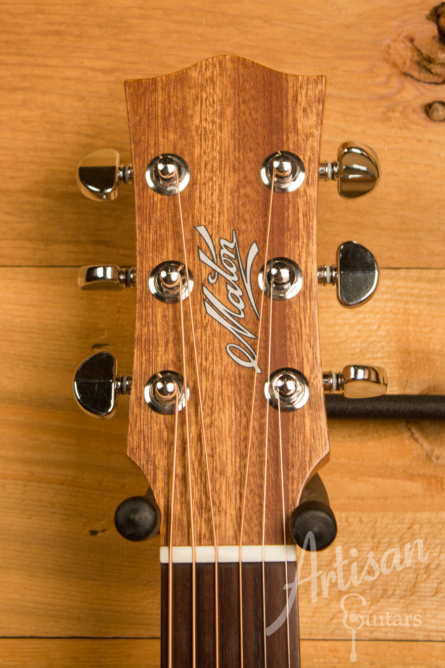 Maton SRS808C Guitar Western Red Cedar and Solid Blackwood Cutaway ID-11494 - Artisan Guitars