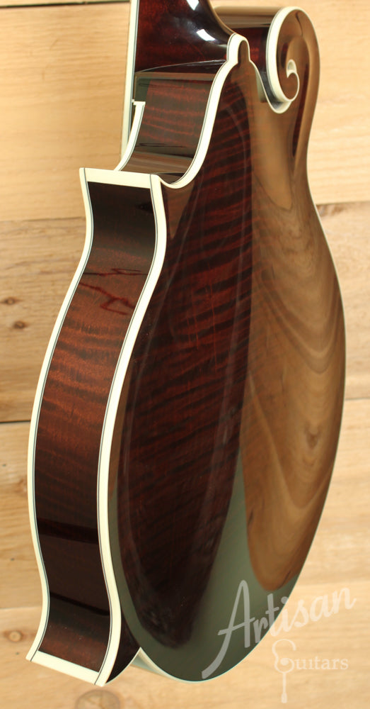 Collings MF 5 Mandolin F Style with Adirondack and Flame Maple in Full Sheraton Brown ID-8075