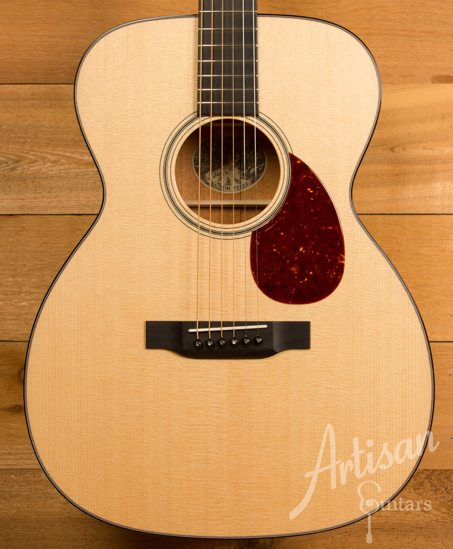 Collings OM1 Sitka Spruce and Mahogany with Adirondack Bracing ID-11307 - Artisan Guitars