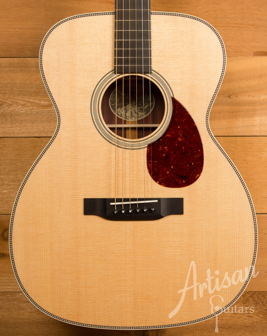 Collings OM2H Sitka Spruce and Indian Rosewood with Adirondack Bracing ID-11305 - Artisan Guitars