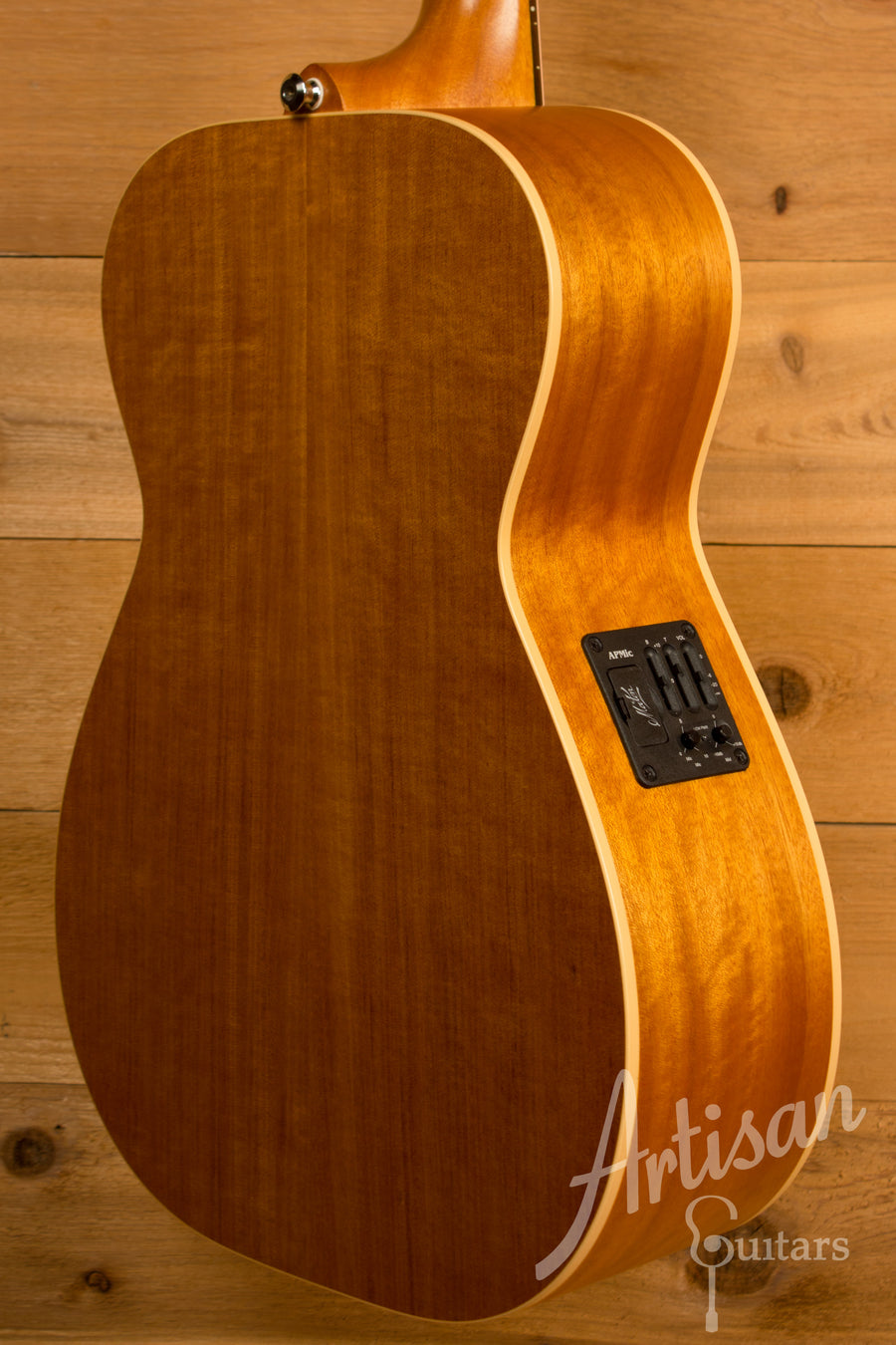 Maton EBG808TE Tommy Emmanuel Signature Sitka and Queensland Maple AP5 Mic Pre-Owned 2012 ID-11312 - Artisan Guitars