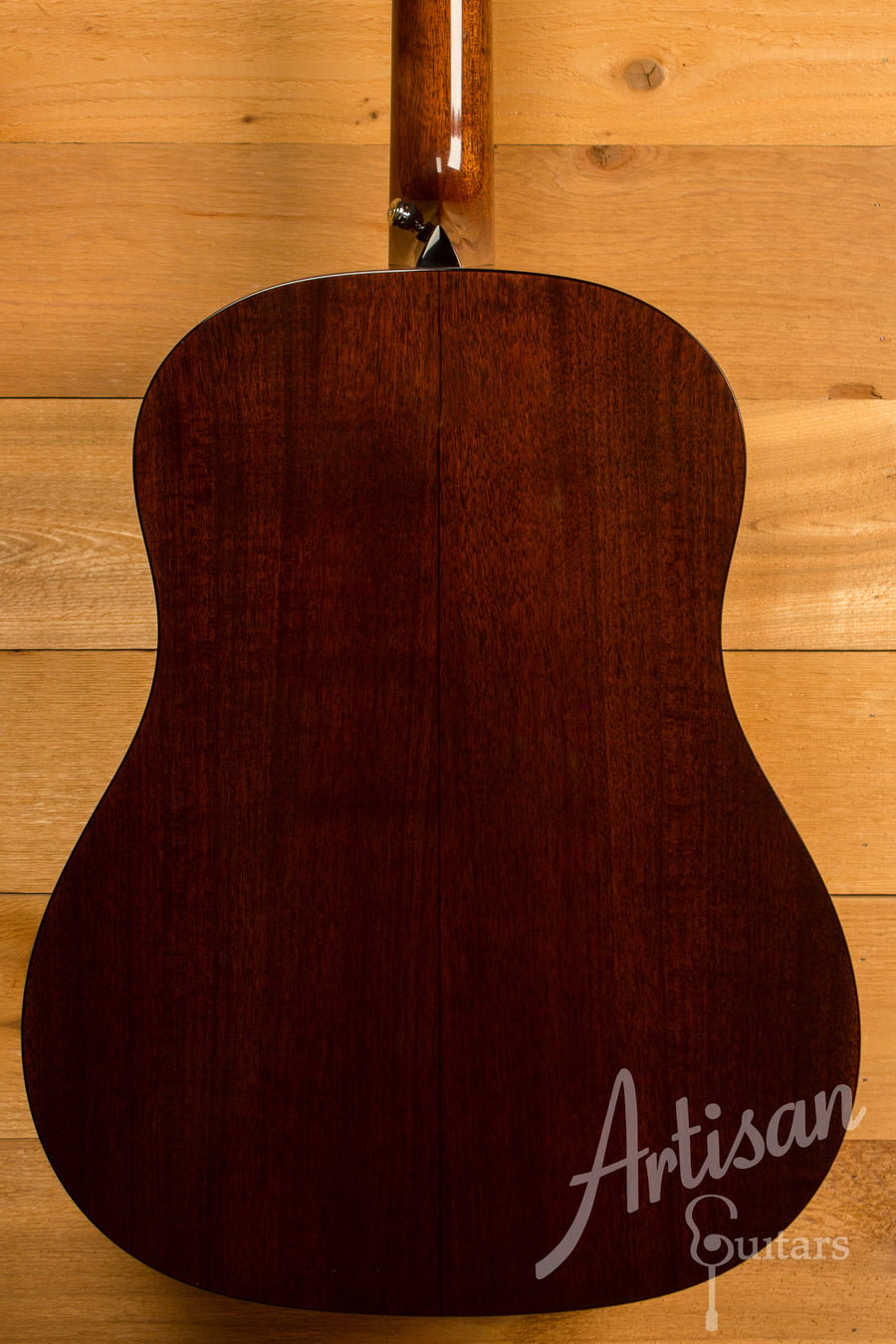 Collings Custom CJ Guitar SS with Sitka Spruce Top and Walnut Back and Sides ID-11320