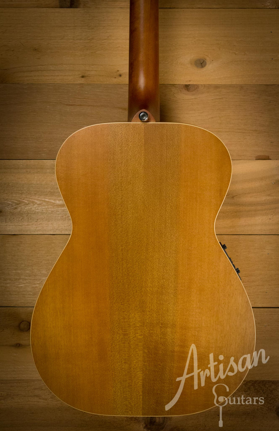 Pre-Owned 2014 Maton EBG808TE Tommy Emmanuel Signature Sitka and Queensland Maple ID-10271 - Artisan Guitars
