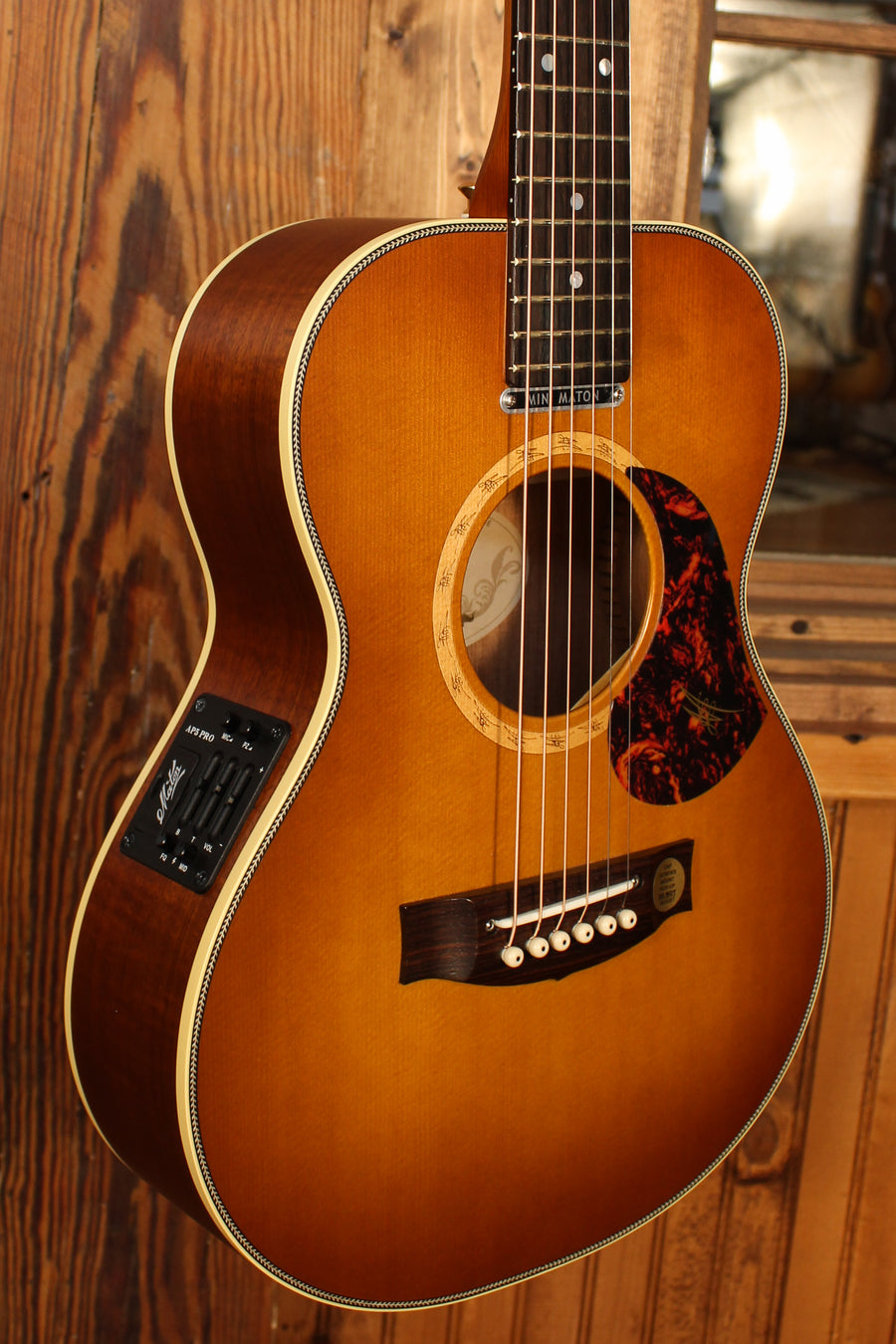 Maton EMD6 Mini Maton Diesel Sitka with Blackwood and Vintage Amber Sunburst - Shop Demo