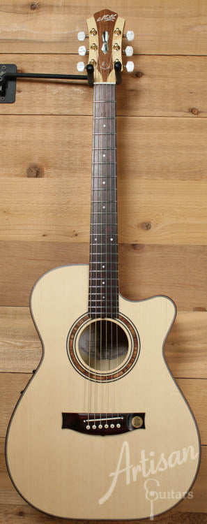 Maton Custom Shop 808 with Sitka and Figured Satin Box ID-8053