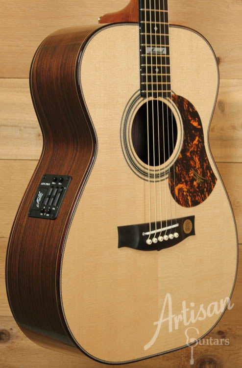 Maton EM100 808 Messiah Series with Sitka and Indian Rosewood ID-8963