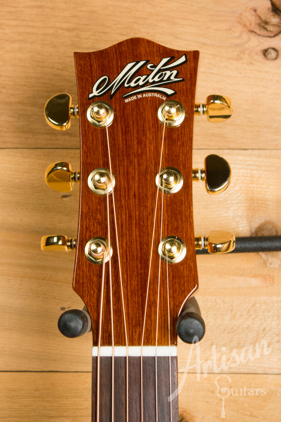 Maton EBG 808CLG Performer Series Guitar Bunya and Queensland Maple with Cutaway Pre-Owned 2015 ID-11045