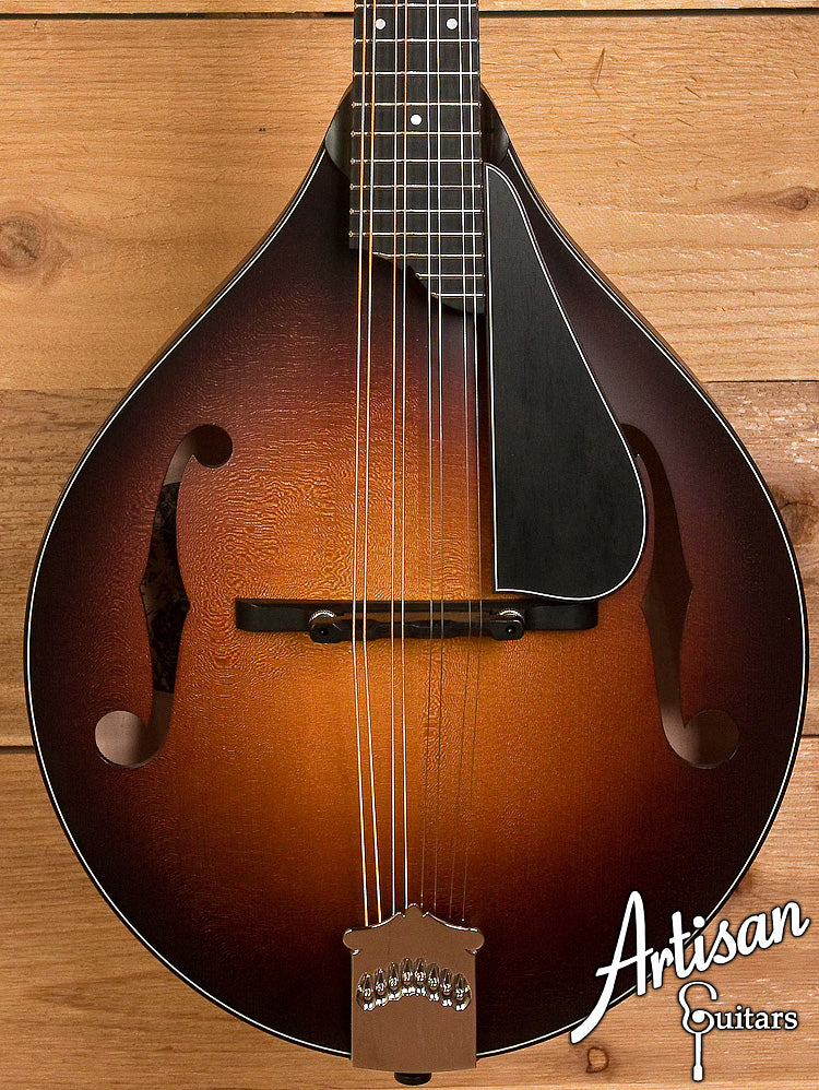 Collings MT Mandolin Engelmann Spruce and Maple A-Style  ID-6013 - Artisan Guitars