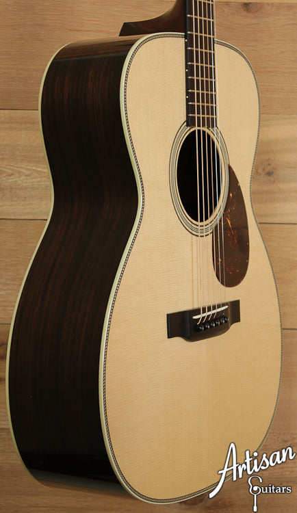 Pre Owned Collings OM2HG German Spruce and Indian Rosewood Deep Body with K and K Pure Mini ID-6686 - Artisan Guitars