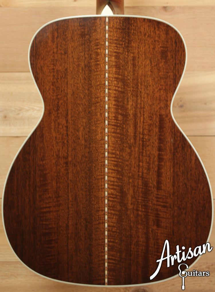 Collings OM3 Mh Cedar and Mahogany Short Scale ID-6524 - Artisan Guitars