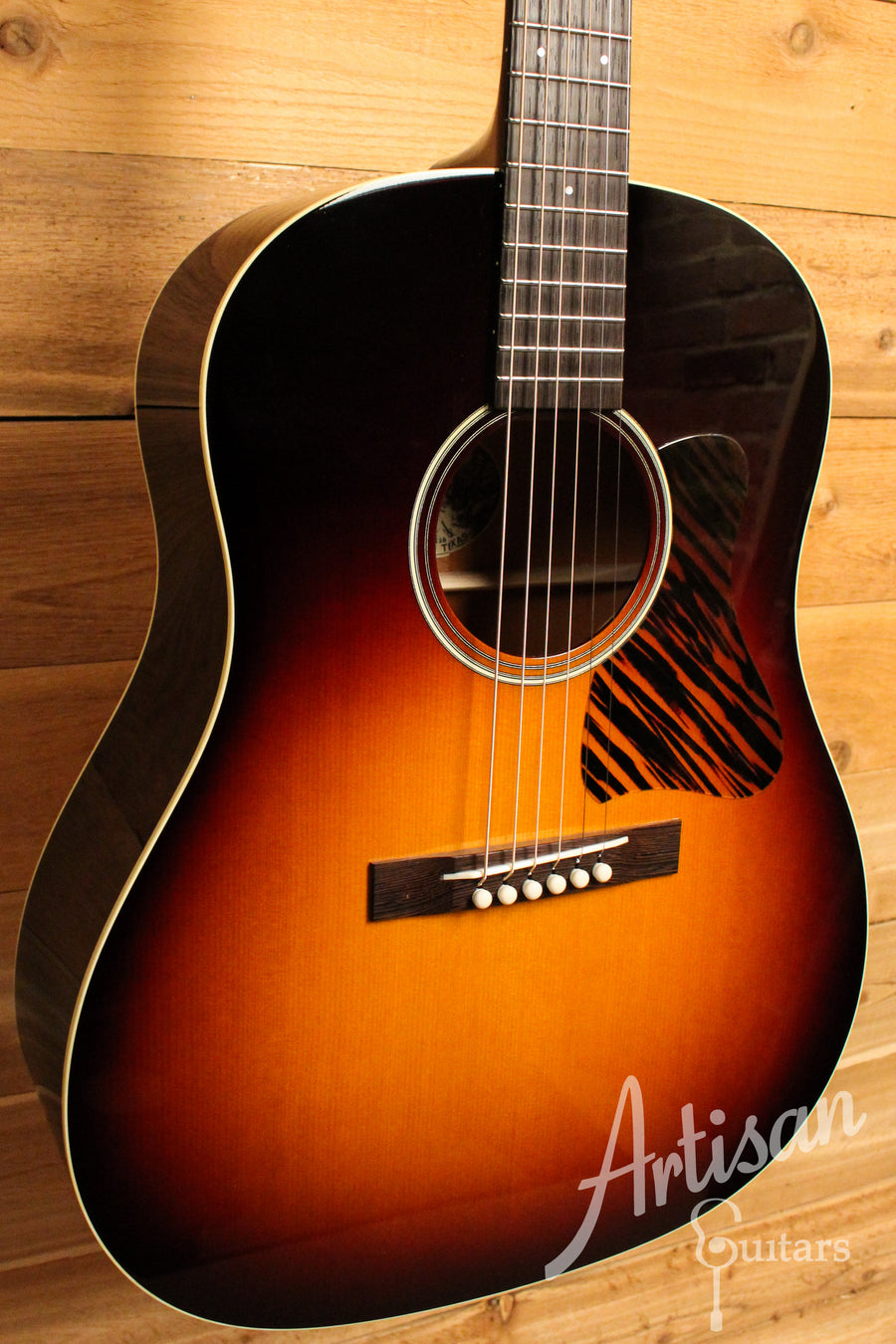Collings CJ35 Guitar SB Sitka Spruce and Mahogany Pre-Owned 2017 ID-11168 - Artisan Guitars