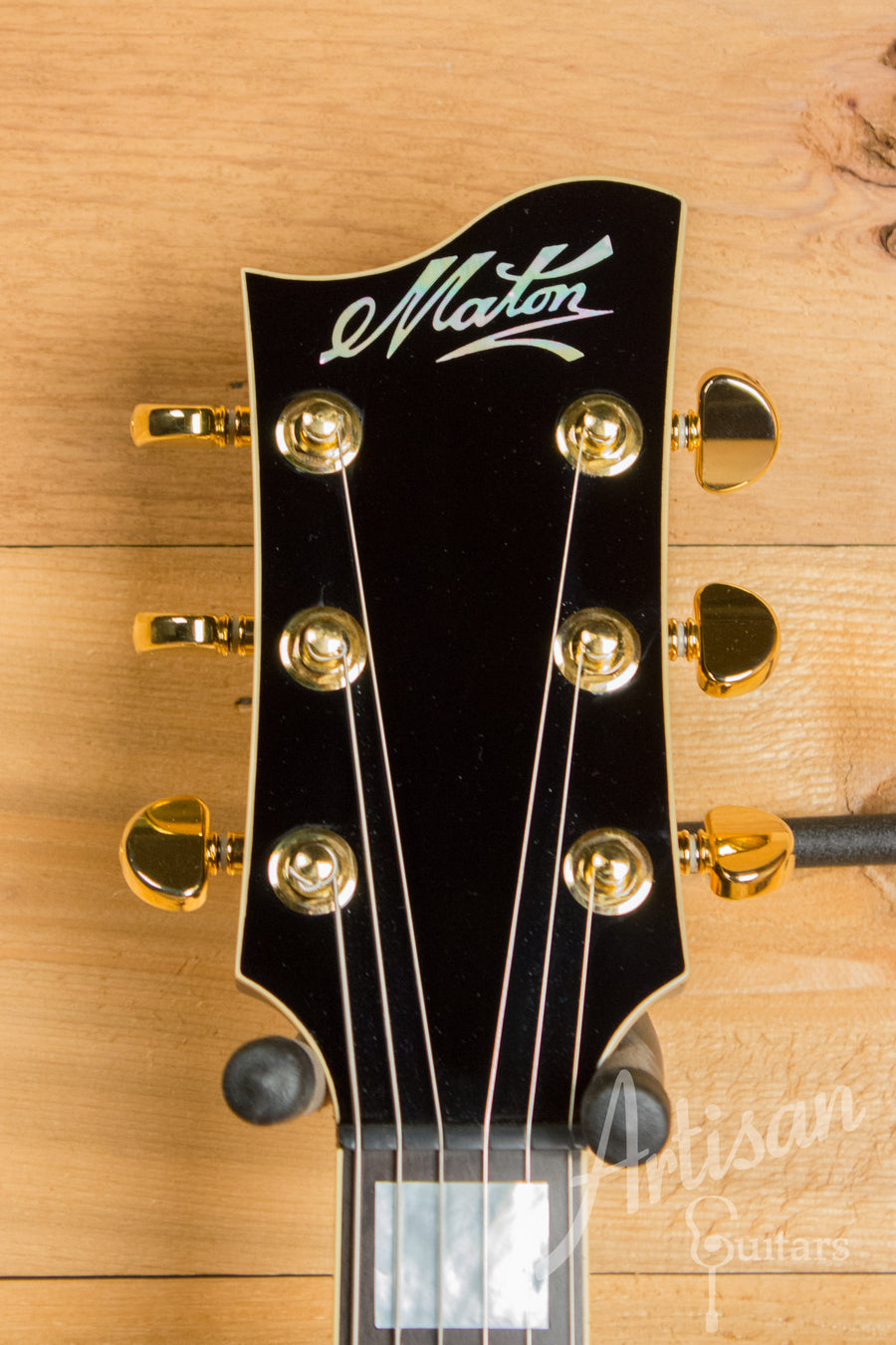 Maton BB1200 Deluxe Electric Guitar Gloss Black Finish Pre-Owned 2012 ID-11217 - Artisan Guitars