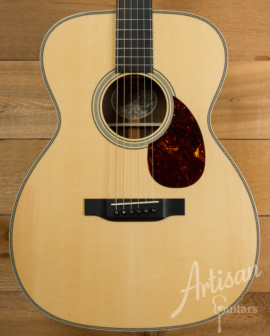 Collings OM2H BRA Adirondack Spruce and Brazilian Rosewood Pre-Owned 2012 ID-11121 - Artisan Guitars