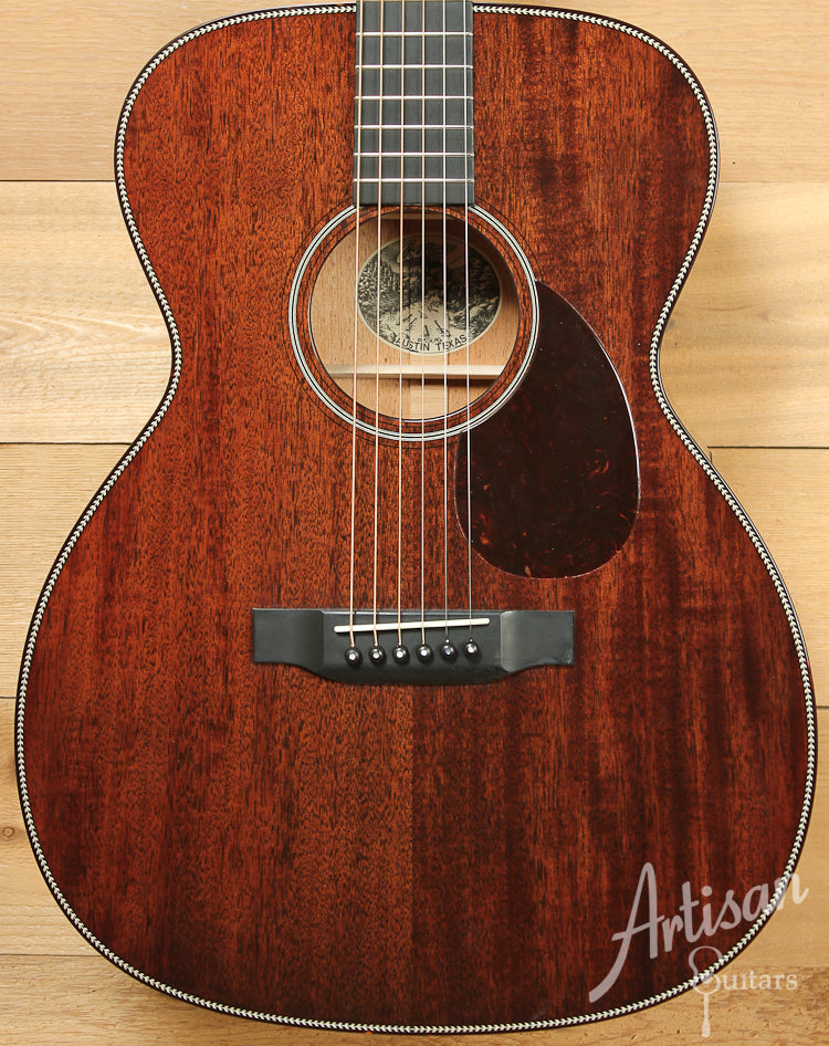 Collings OM1H All Mh Mahogany with Herringbone ID-8182 - Artisan Guitars