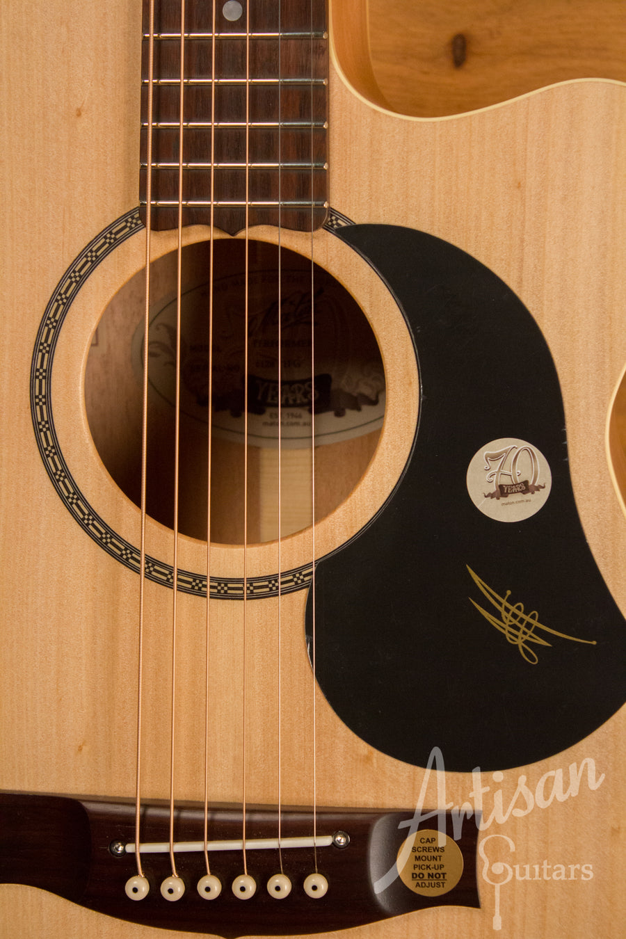 Maton EBG808CL Performer Series Bunya and Queensland Maple with Cutaway ID-10785
