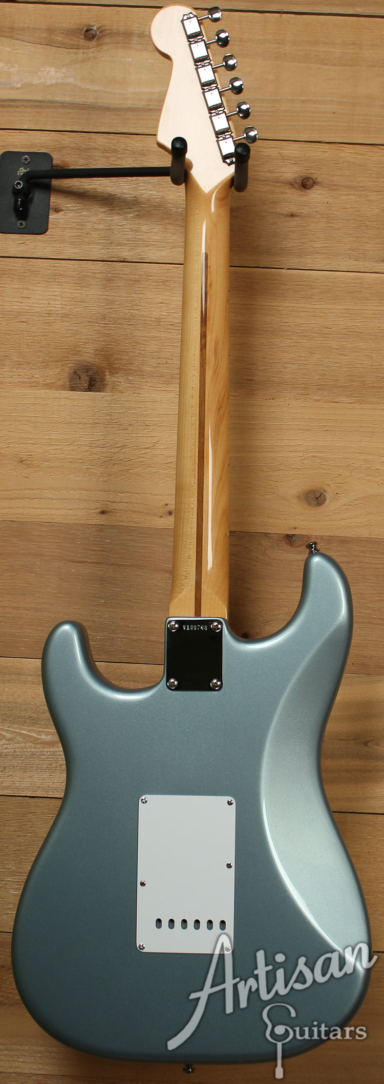 2001 Fender American Vintage 1957 Stratocaster in Ice Blue Metallic ID-7450 - Artisan Guitars