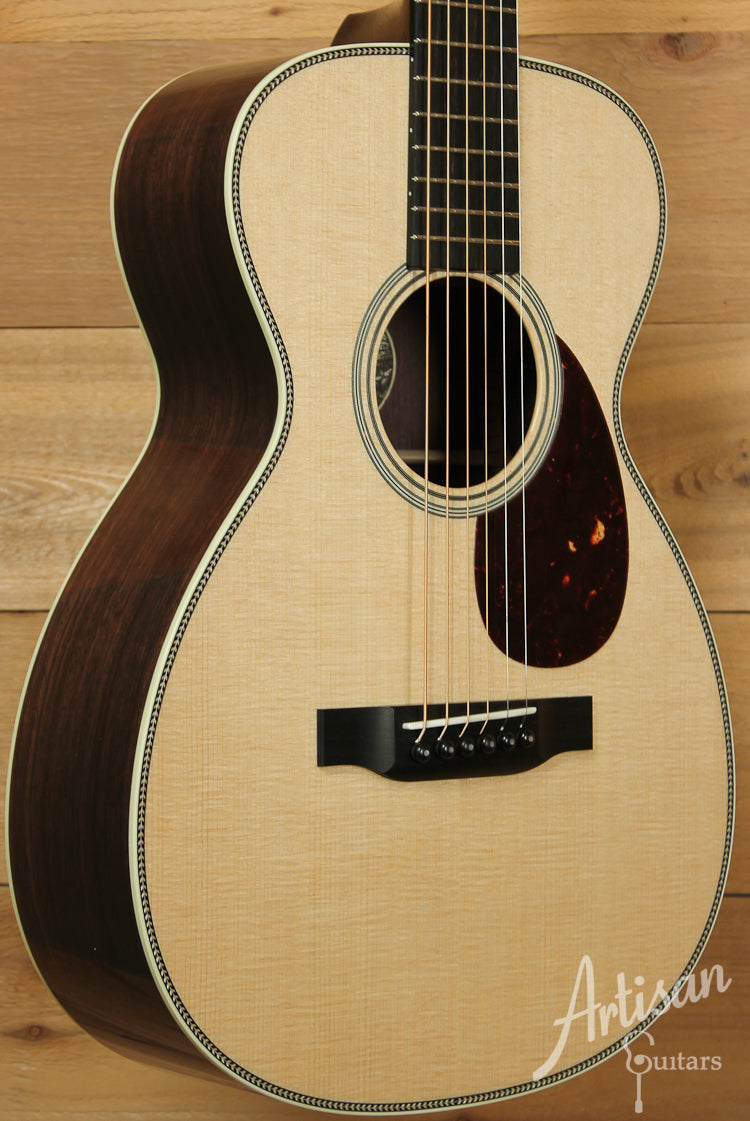Collings Baby 2H Sitka Spruce and Indian Rosewood ID-8135