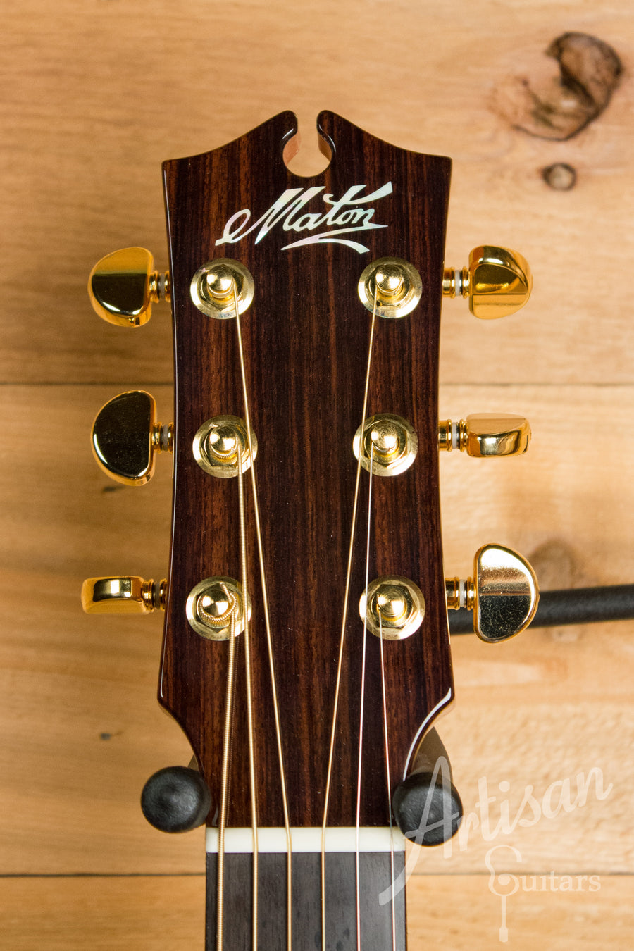 Maton EM 100C 808 Messiah Series Guitar with Sitka and Indian Rosewood Cutaway Pre-Owned 2011 ID-11080