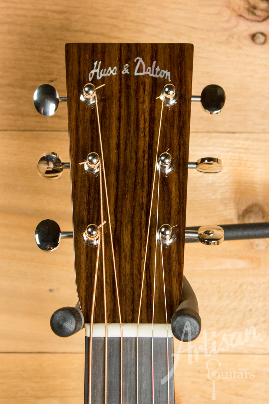 Huss and Dalton T 0014 Englemann Spruce and Mahogany ID-10934 - Artisan Guitars