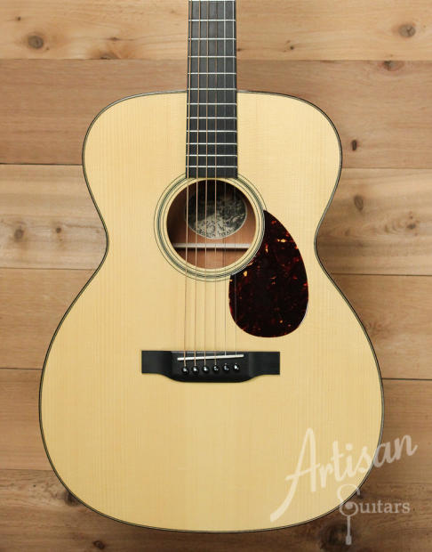 Pre Owned 2014 Collings OM1 A Guitar Varnish Adirondack and Mahogany with Adirondack Braces ID-10223 - Artisan Guitars