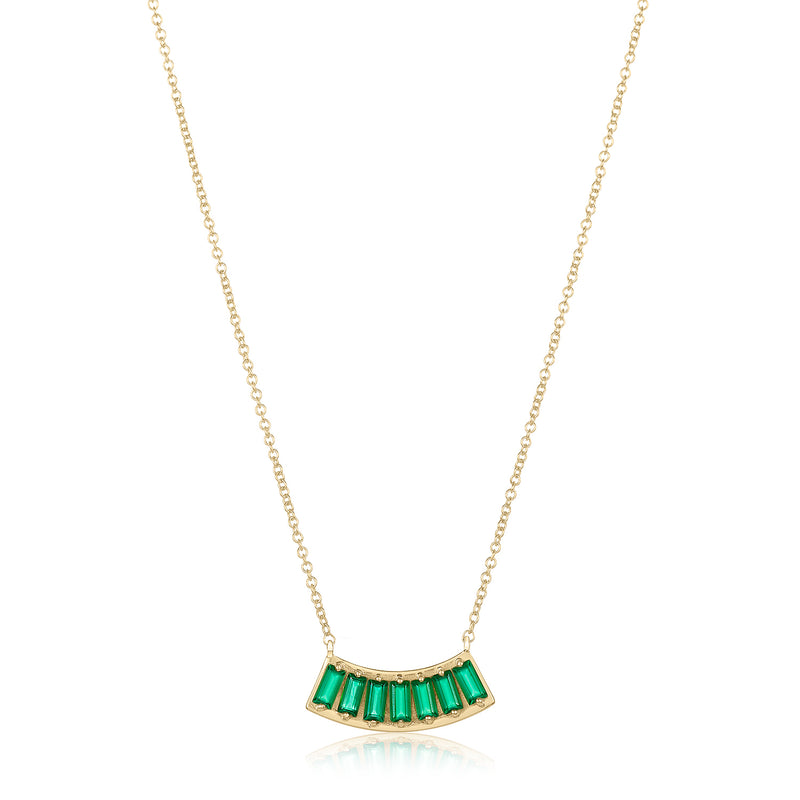 Pendant necklace with fan-shaped motif in green onyx