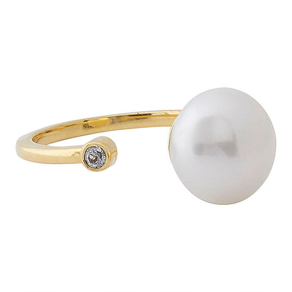 open ring with a freshwater pearl and white topaz