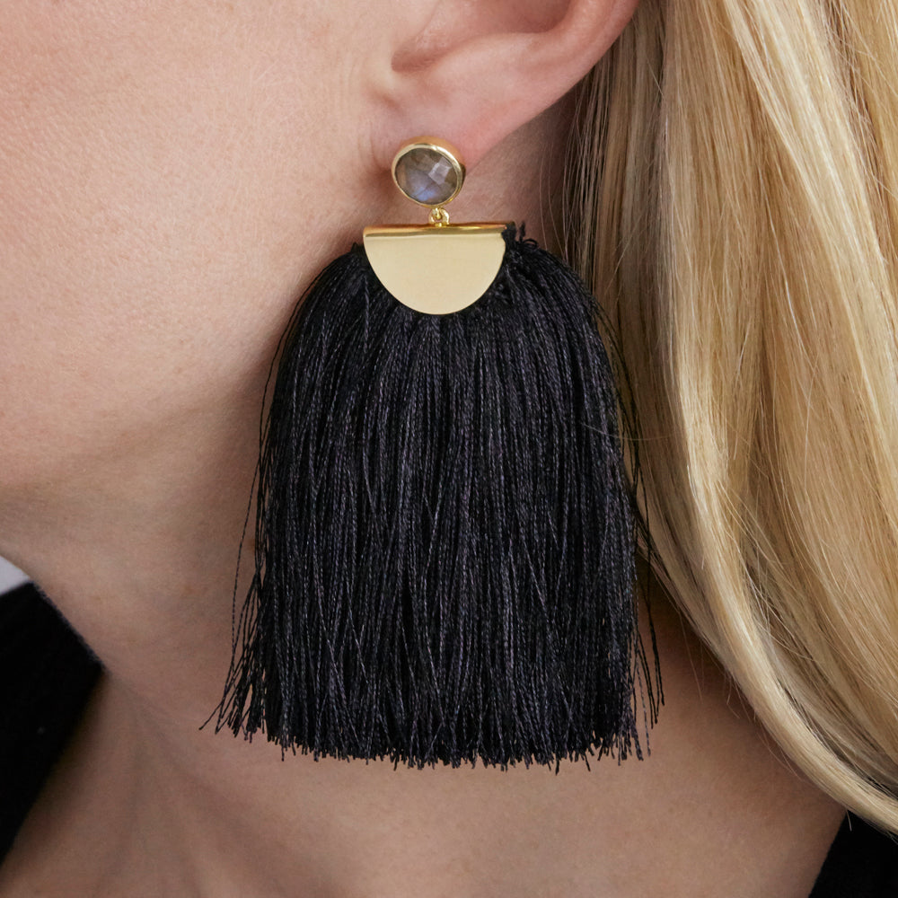 Avery Tassel Black