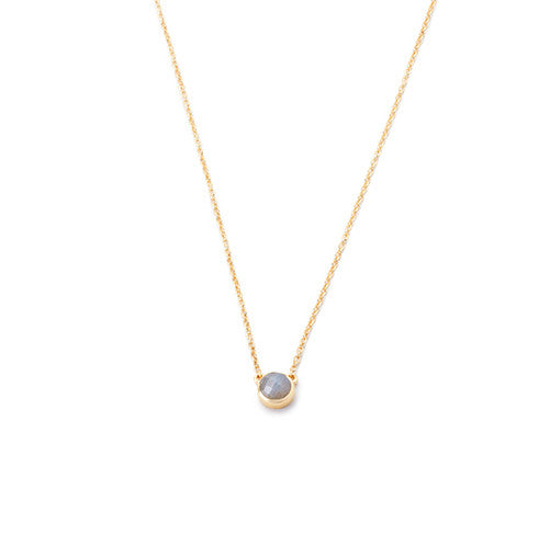 dainty necklace in 24 karat gold vermeil with bezel set labradorite