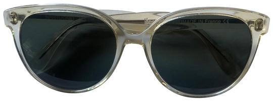 Nantucket Champagne with Olive Lenses