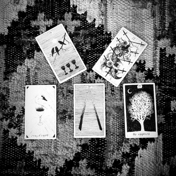 New Moon Tarot Spread as a Means of Self Inquiry