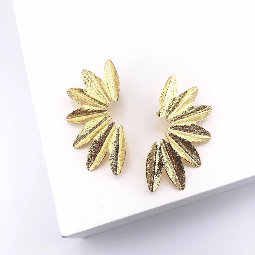 True To Me Fan Earrings - Gold