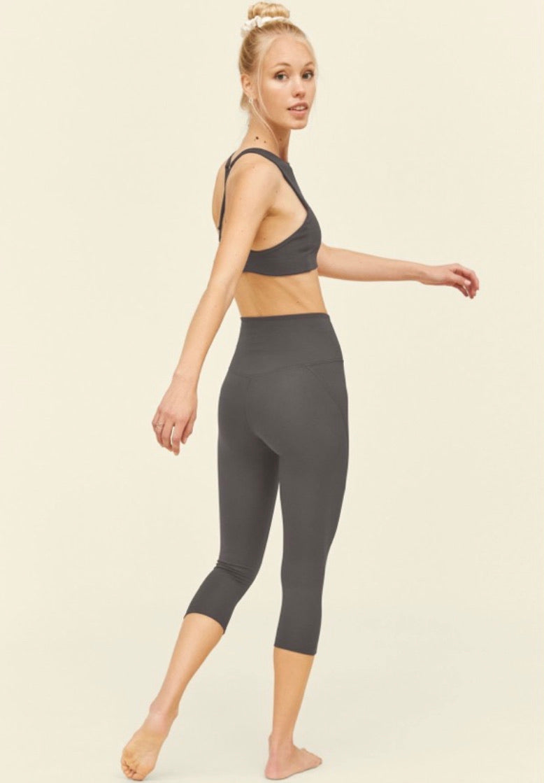 High Rise Compressive Cropped Legging