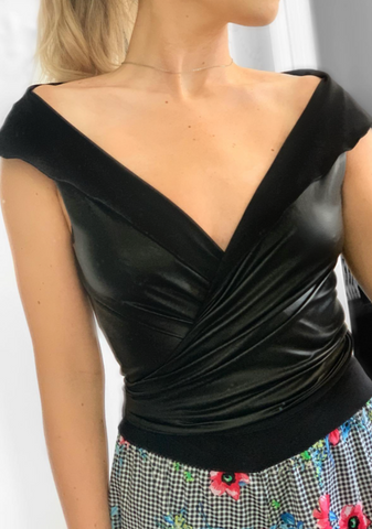 Bellaré Top -- BLACK FAUX LEATHER