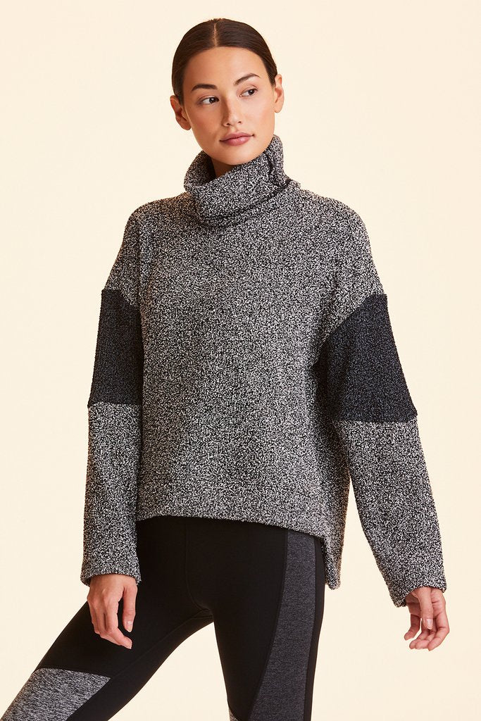 Retreat Sweatshirt, Charcoal