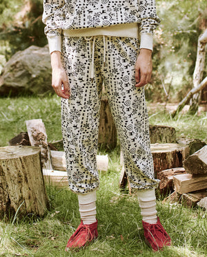 The Cropped Sweatpant, Washed White Folk Print