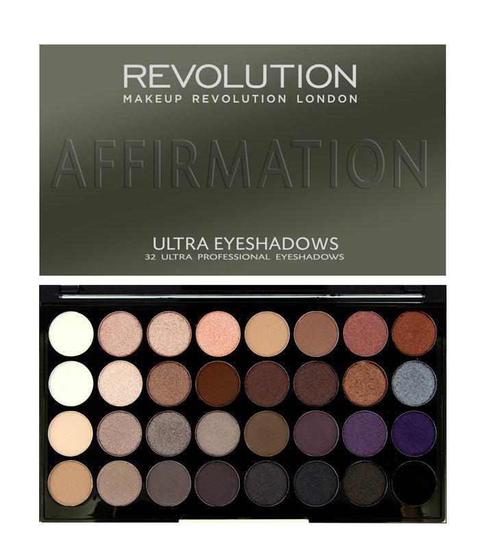 Paleta 32 farduri Affirmation Makeup Revolution London