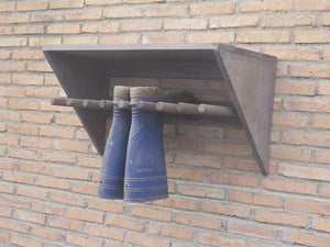 Display Boot Rack with Solid Top