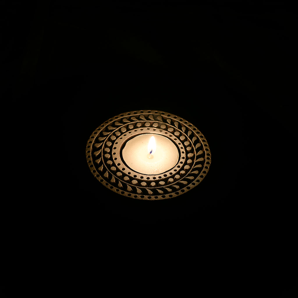 Wooden Block Tealight Candle Holder - Leaf Pattern