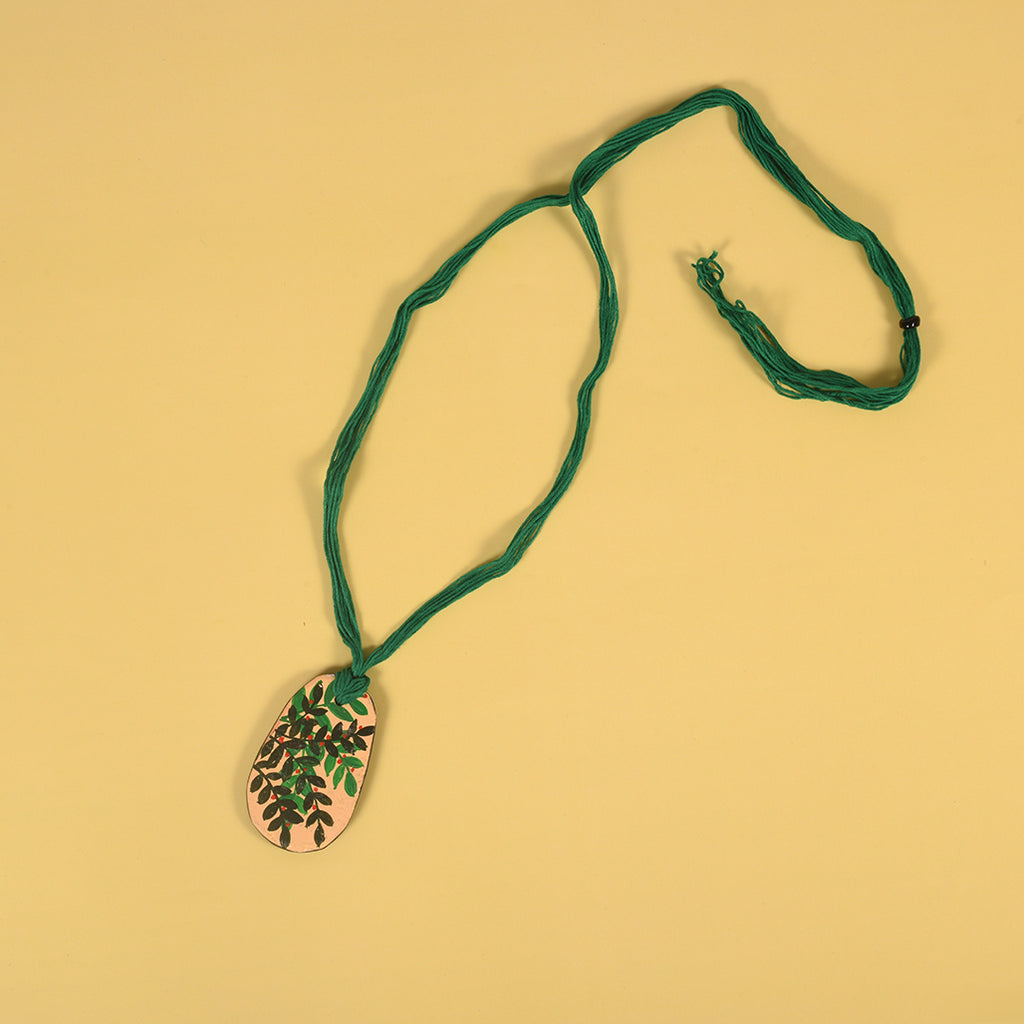 Handpainted Clay Neckpiece - Goemetric Pattern