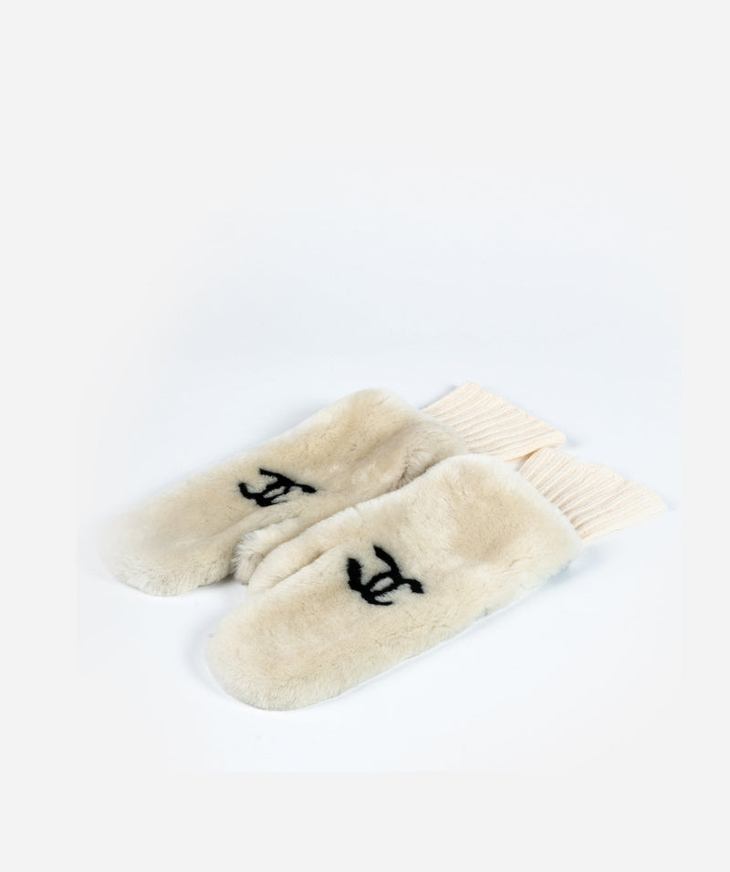 Chanel Chanel Cream Shearling Mittens