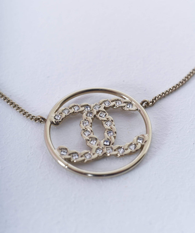 Chanel Chanel Round CC Gold Necklace