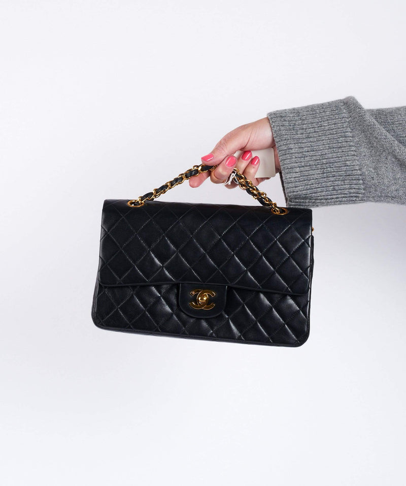 Chanel Chanel Medium Classic Flap Black Lambskin