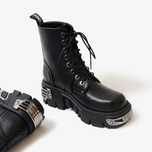 Load image into Gallery viewer, Black Platform Punk Boots