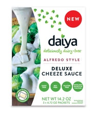 Load image into Gallery viewer, Daiya Alfredo Style Cheeze Sauce :: Creamy Veggie, Fettuccine & Spaghetti Sauce Box Contains 3 Packets (2 Servings Each)