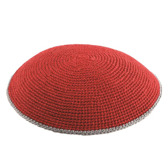 C KNITTED FLAT DMC KIPPAH 13 CM- RED WITH GRAY AROUND